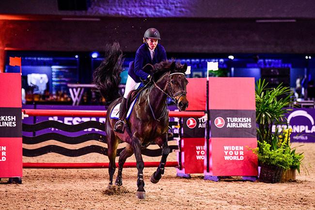 Marta Johannpeter galopa rumo a 4ª colocação individual com Srta. Aciana