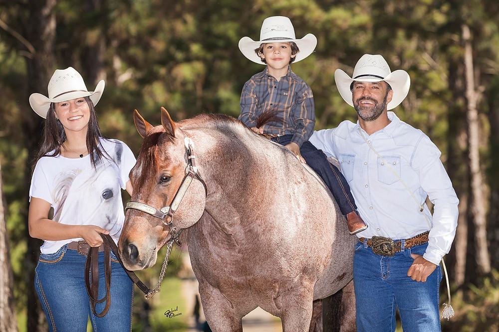 Carlos Eduardo Auricchio - Caco e os filhos