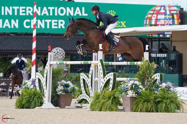 Eduardo Menezes com H5 Elvaro em ação no Winter Equestrian Festival 2021 (Sportfot)