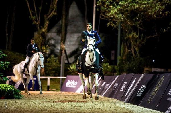 Luiz Felipe Pimenta Alves com Cullinan GMS lidera o galope da vitória (Luis Ruas)