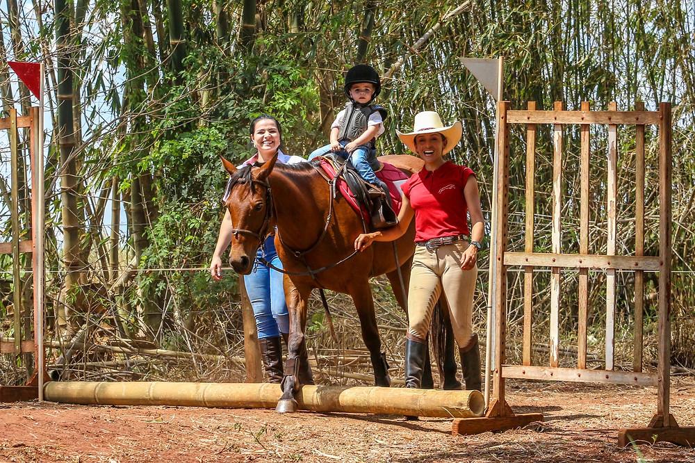 Conrado Dalpino Gallego, 1 ano e 9 meses, participou pela primeira vez dessa prova e deu um show à parte.