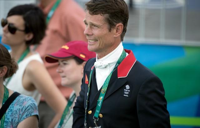 Jogos do Rio 2016: britânico William Fox-Pitt lidera no primeiro dia de prova de CCE