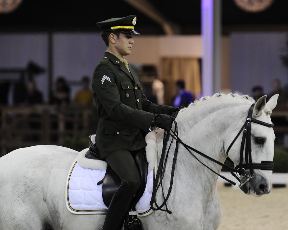 João Victor Marcari Oliva: Sargento Oliva (20 anos) foi o melhor brasileiro da modalidade Adestramento (Dressage) em Olimpíadas