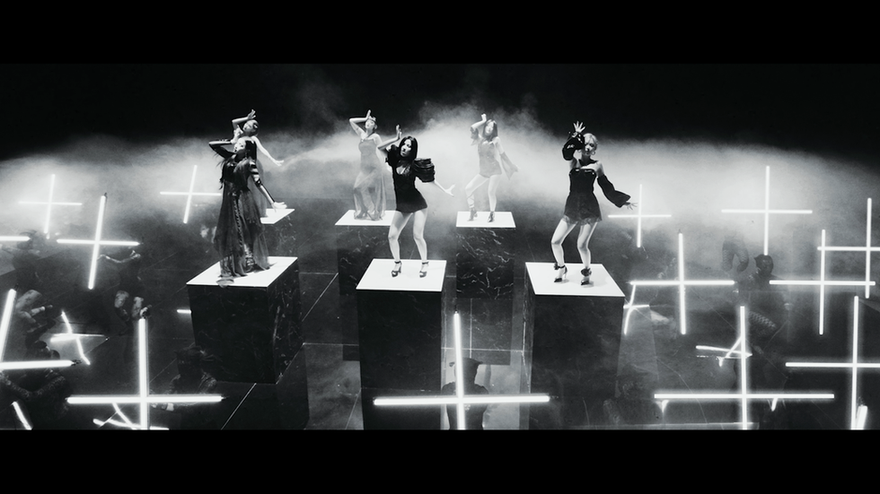(G)IDLE - OH MY GOD MV
