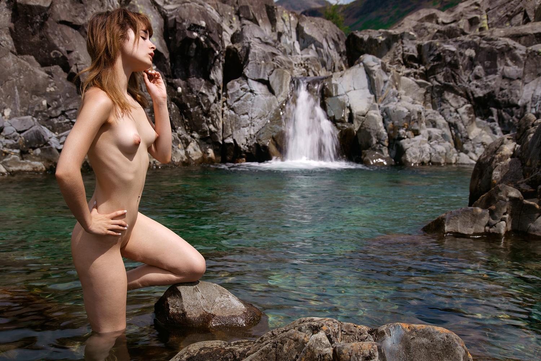 Waterfall wonderer