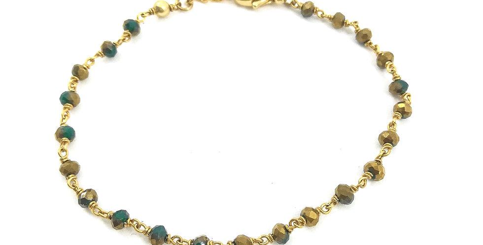 Bracelet fin plaqué or avec perles vertes