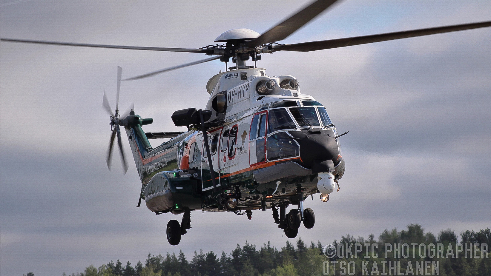 "Rajavartiolaitoksen AS332 ""Super Puma"""