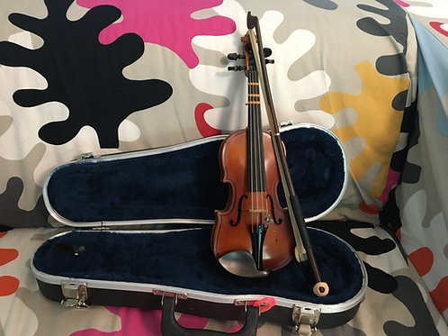 """""""Mint"""" 1/16 violin by Cremona"""