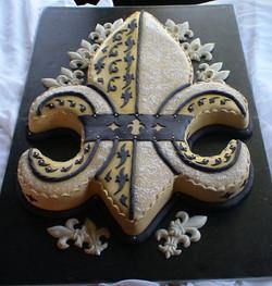 black and gold fdl groom cake