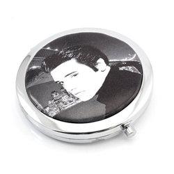 Elvis Compact