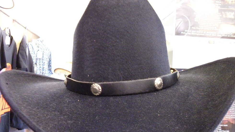 Leather hat band round conchos  SR02