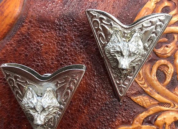 Wolf collar tips
