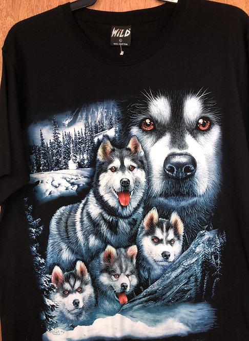 Wild wolf family    W05