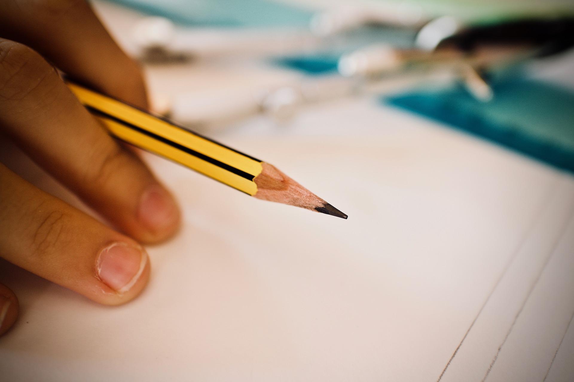 pencil-3744153_1920