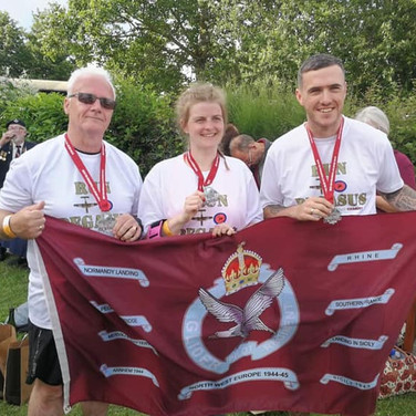 It's a family things.... Daisy Nolan was joined by her Step-Father Dave Harney and Step-Brother David Harney on the run. She represented her grandfather, Glider Pilot Geoff Barkway.