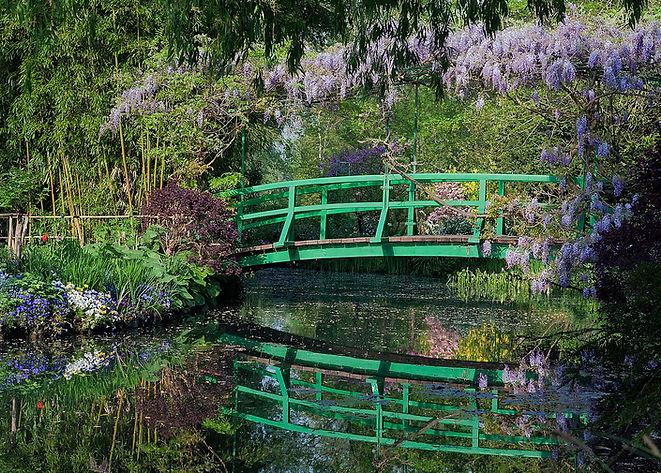 Le Pont Japonais vu du bassin des Nymphé