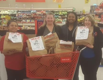 Save-A-Lot Donates Food Bags