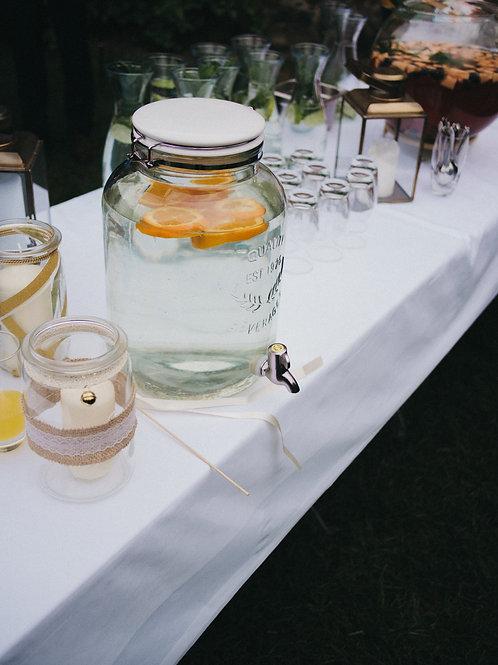 Vintage Wassergefässe