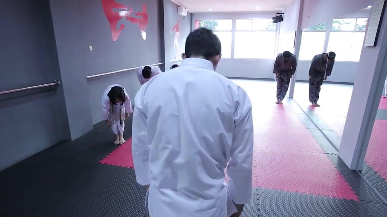 THUNDER 11 Martial Arts IKO UWAIS.mp4