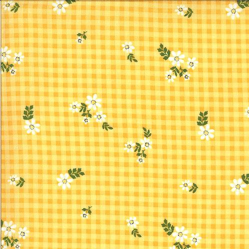 Homestead Housecoat Sunshine By April Rosenthal For Moda Fabrics