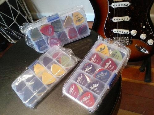 50 guitar picks