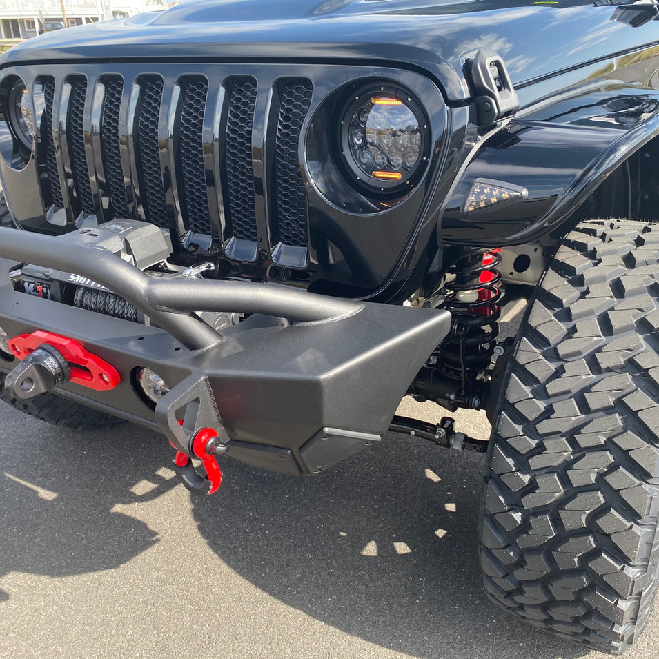 Black Jeep JL Red Accents