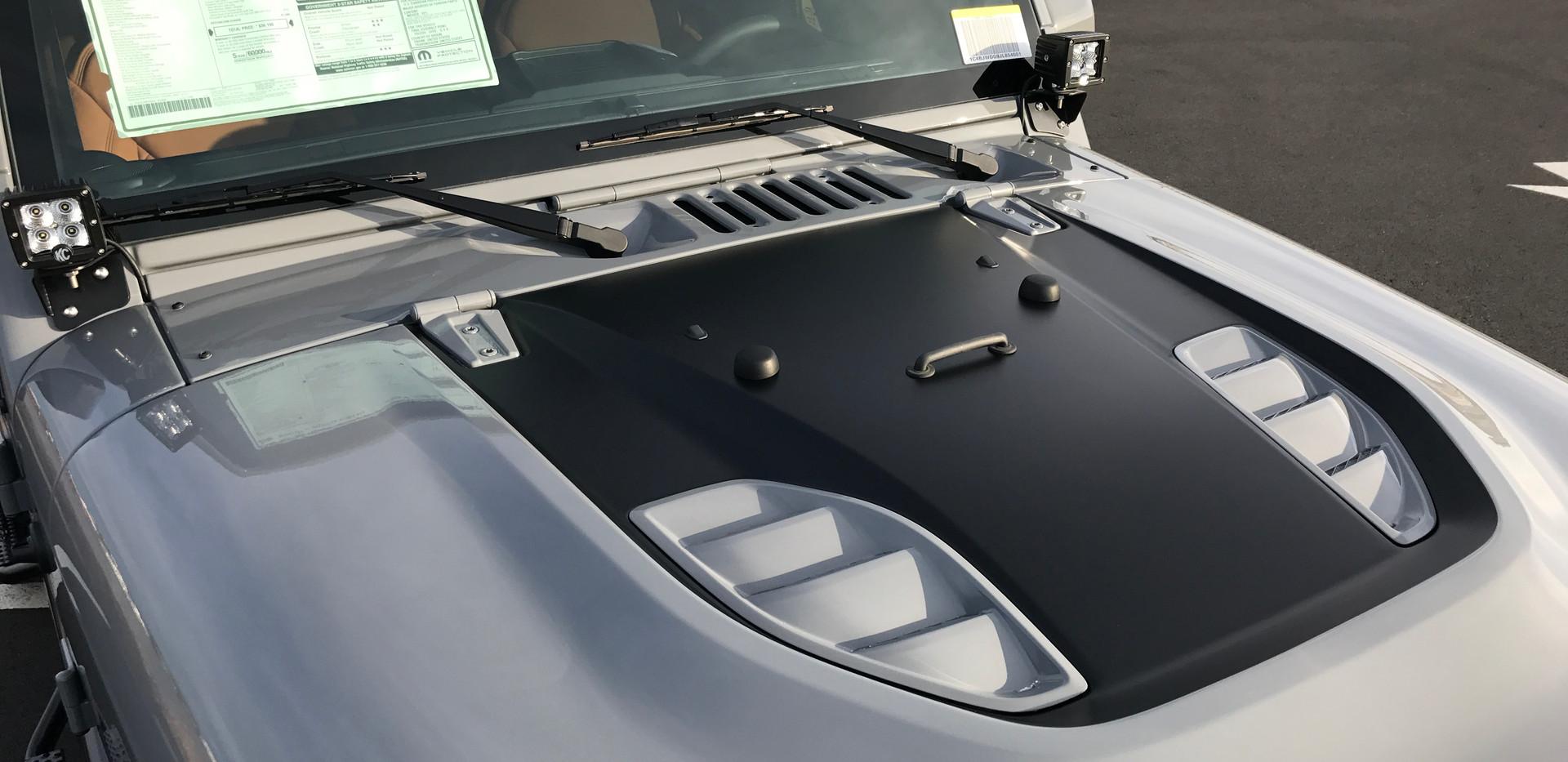 Grey and Black Jeep Hood