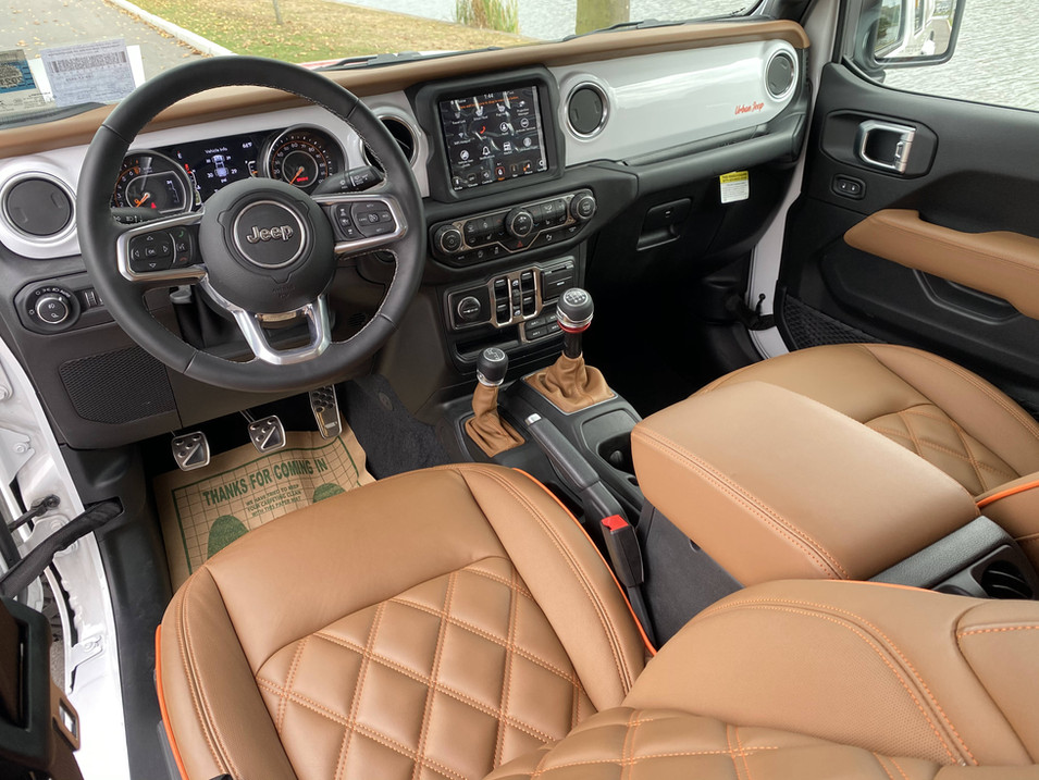 Jeep Scrambler Gladiator 2020 Interior