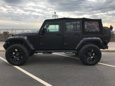 """Jeep JK- 2.5"""" Teraflex Liftw/ 35"""" Tires"""