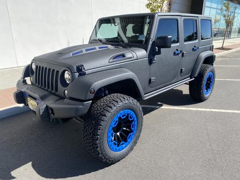 Gray & Blue Jeep Moab