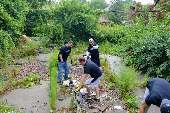 JMF cleaning up a Detroit Neighborhood