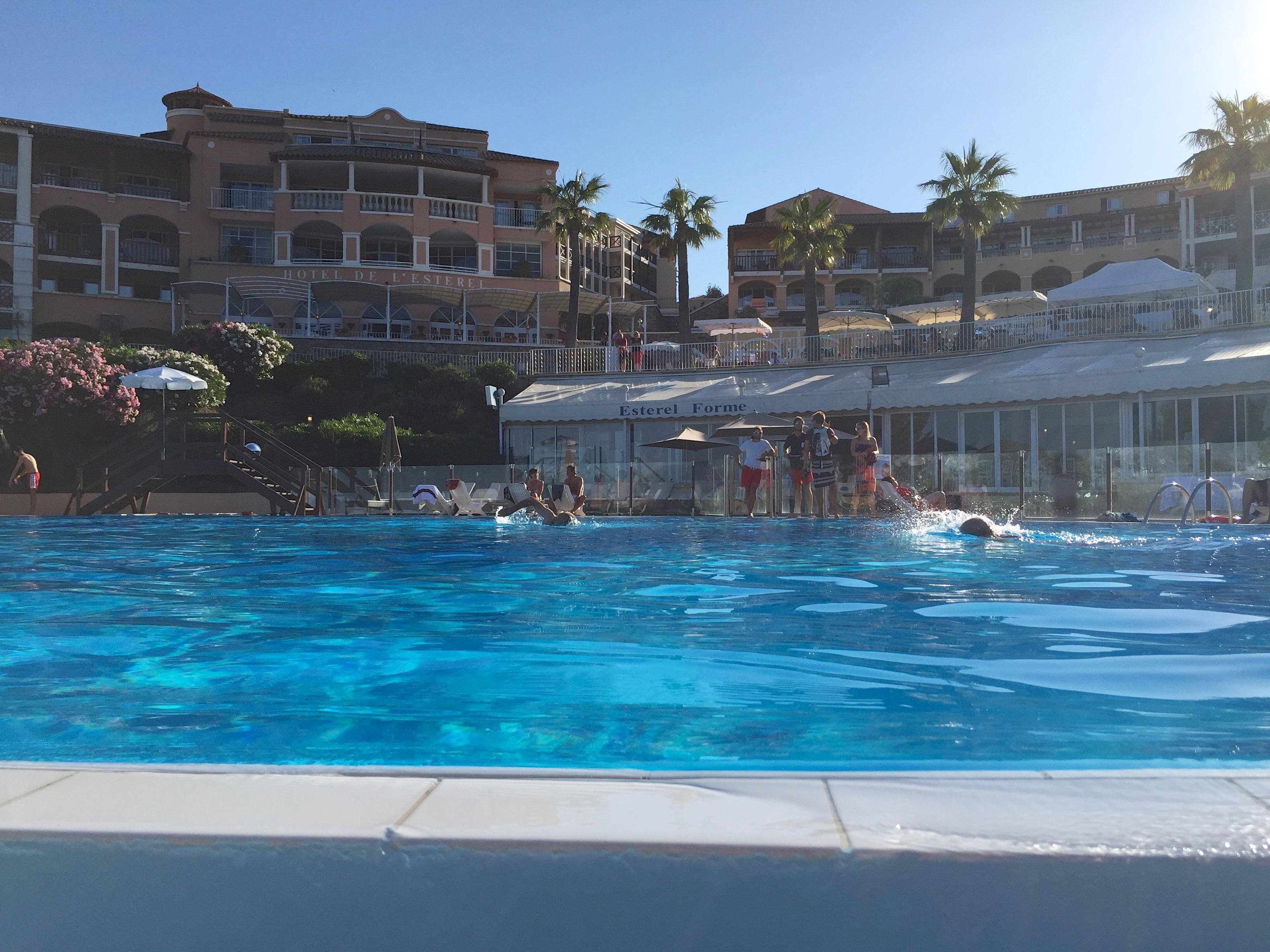 Cap Esterel piscine