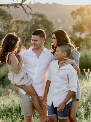 Andrew + Jess    Family Session, Picton NSW