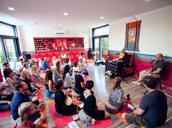 Dupseng Rinpočhe v gompě při Iniciaci na Bílou Táru