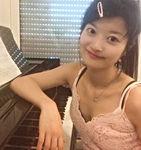 megumi - musique à part - cours de musique paris - cours particulier de musique paris - cours de guitare paris - cours de piano paris - cours de chant paris - cours de batterie paris - cours de MAO paris - professeur de guitare paris - Emmanuel Hugues - professeur de piano paris -Alice Eeckeman