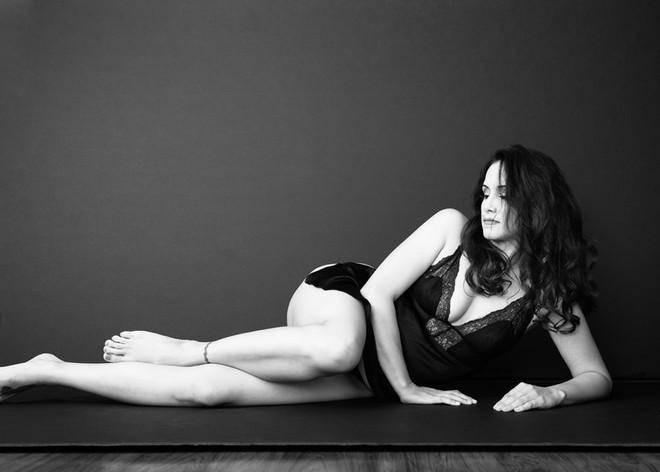 Gigi Kraus-Visalia-boudoir-Studio-Portra