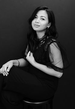 Gigi Kraus-Headshot-Portrait-Photographe