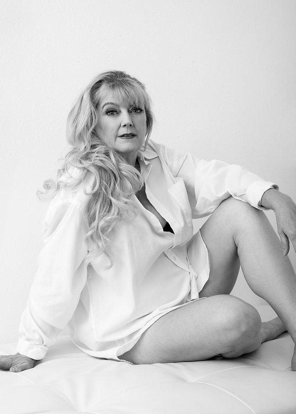 Gigi Kraus-Visalia-Studio-Portrait-Photo