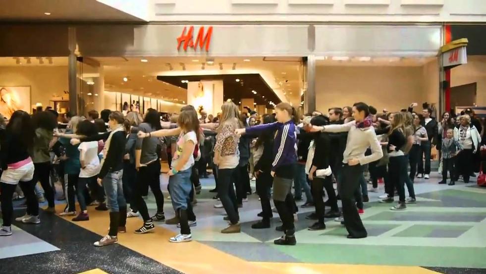 """Flashmob für TV-Serie """"Hand aufs Herz"""""""