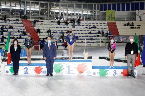 diana barbanotti podio parallele - campionato nazionale gold di specialità j2 2020 - napoli