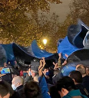 24 novembre place République.jpg