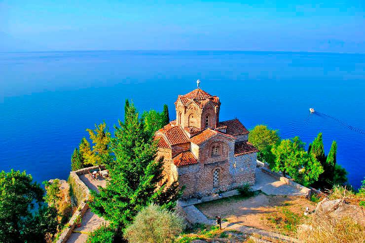 Lake Ohrid.jpg