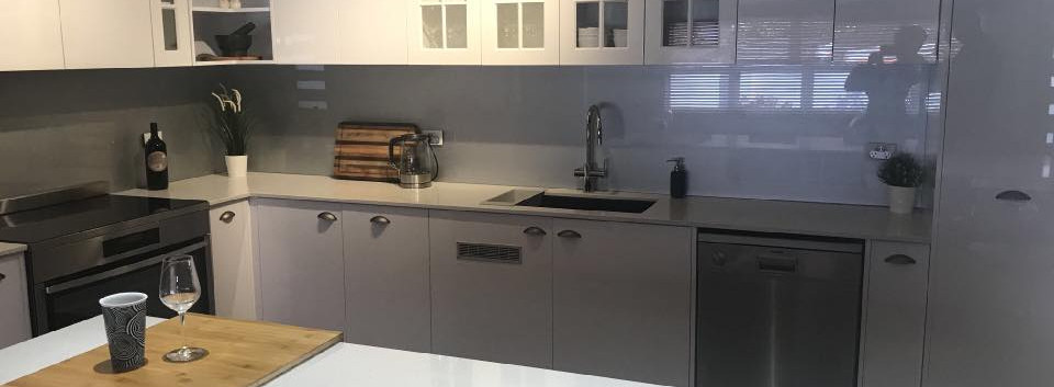 UGA Splashback-Sparkle Metallic