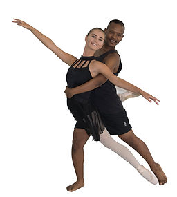 Guy and girl pose copy (002).jpg