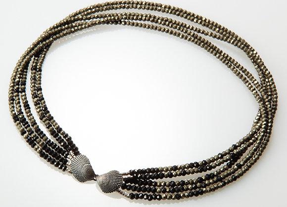 Gradient seashell Necklace