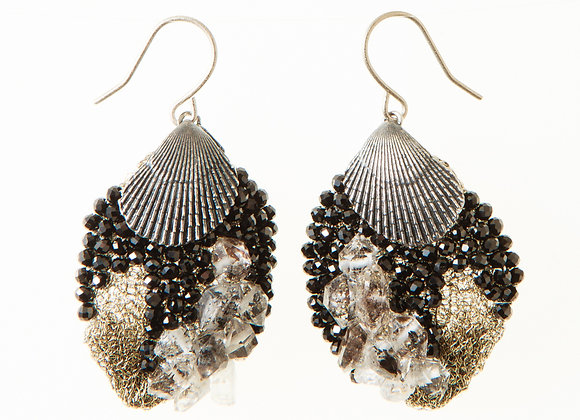 Black shell feather earrings