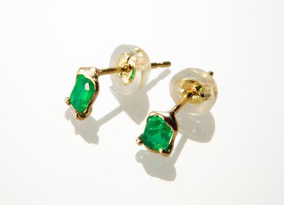 K18 エメラルドのピアス Emerald earrings