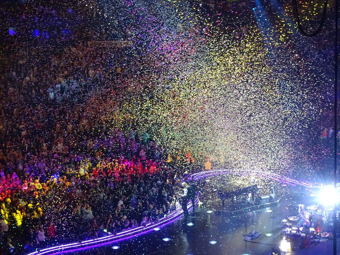 Confetti Raining Down