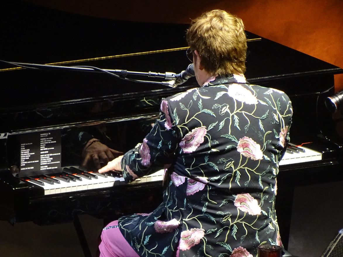 Elton Playing
