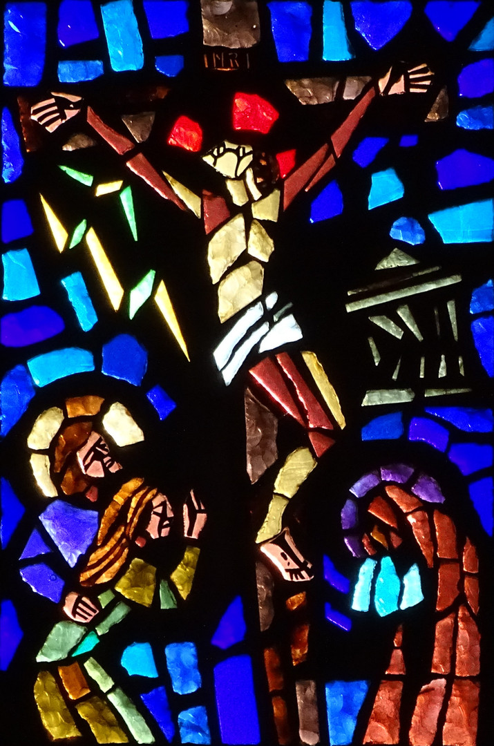 8_the_Crucifixion_stained_glass_art_port